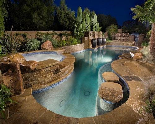 luxury-pool